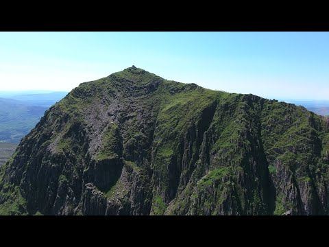 Snowdon VLOG! Highest Mountain in Wales // Drone Footage!!
