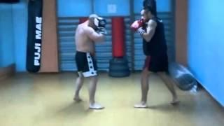 Chulito de gimnasio VS boxeador