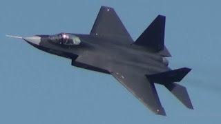 Chinese Stealth Fighter J-31 歼-31 鹘鹰 (FC-31) Demo Flight Air Show China 2014 第十届中国国际航空航天博览会