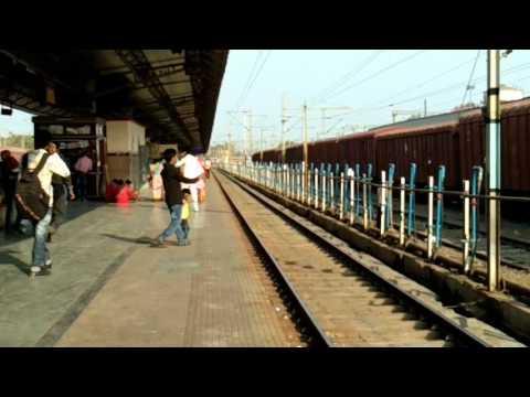 kamayani express arriving allahabad jn