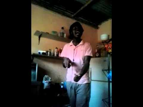 Jay Spitter sings Kamanola tuck shop