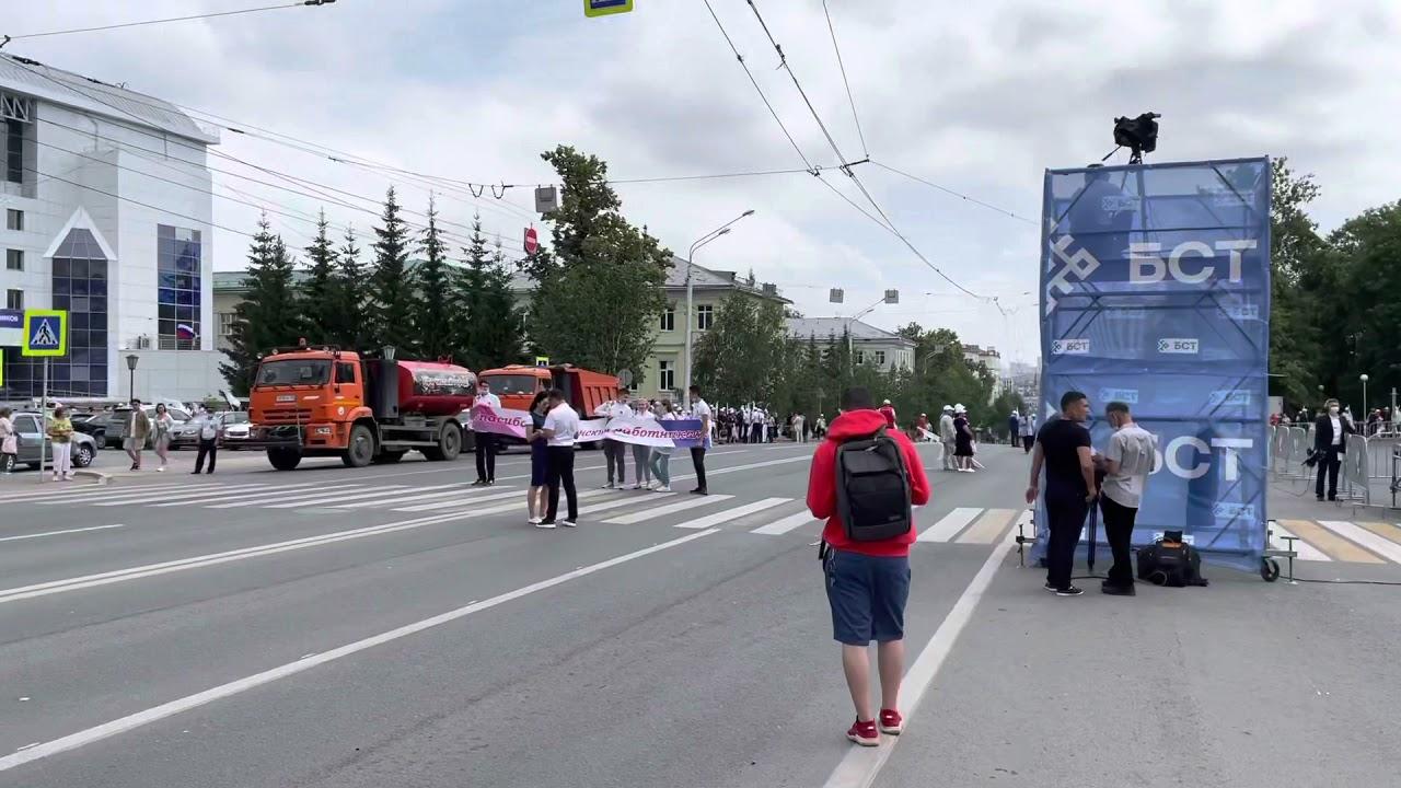 Перед началом парада медиков в Уфе, 17.06.2021