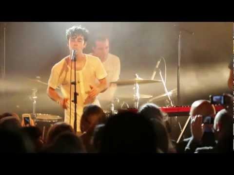 Electric Guest - This Head I Hold (Live @ Paris, La Maroquinerie)