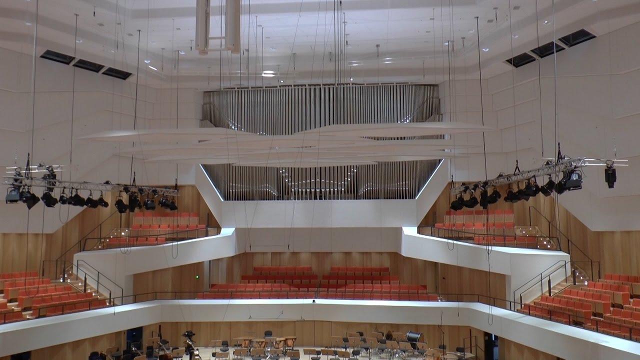 Wiedereröffnung des Dresdner Kulturpalastes