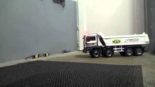 Camion RC 1/14 truck Man 8x8 hydraulic dump truck GAUME TP