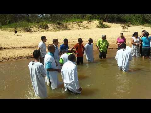 Batismo terra que treme Esmeraldas