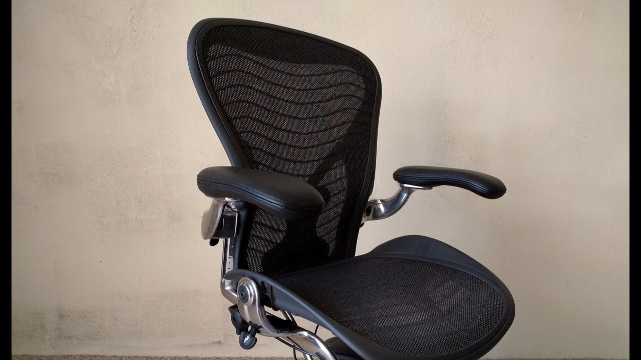 herman miller aeron chair long review doovi. Black Bedroom Furniture Sets. Home Design Ideas