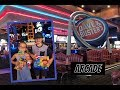 Arcade DAVE & BUSTERS à Hollywood: Le paradis des enfants!