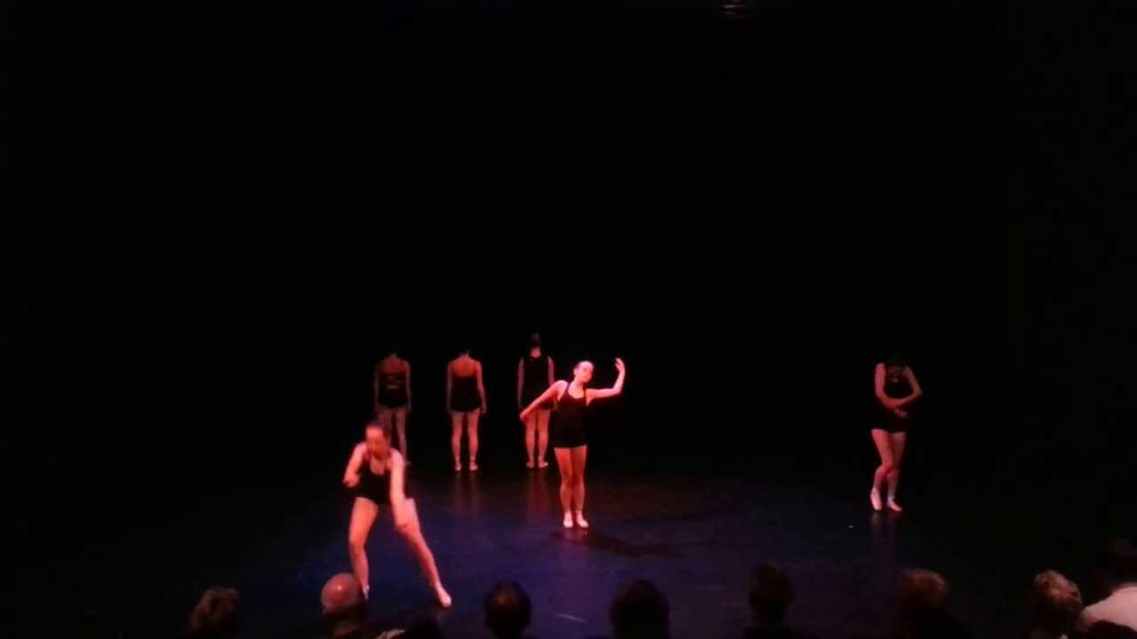 Witte theater  IJmuiden 18-5-2013 Dance XL klassiek modern image