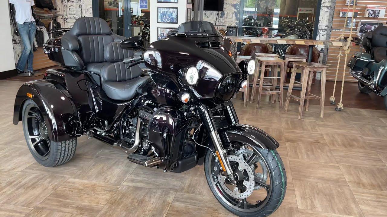 New CVO Trike 117 Harley-Davidson 2021 Charred Crimson