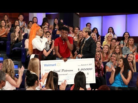 Nicki Minaj Shocks Deserving College Students by Helping Pay Off Their Loans
