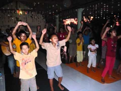 Kirtan - Ananda Marga Children Home( Bali )