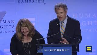 Senator Sherrod Brown and Connie Schultz Speak at 2019 HRC Dinner