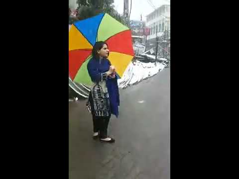 MURREE Record Breaking Snowfall in April 20, 2018 Mall Road Near Usmania Hotel