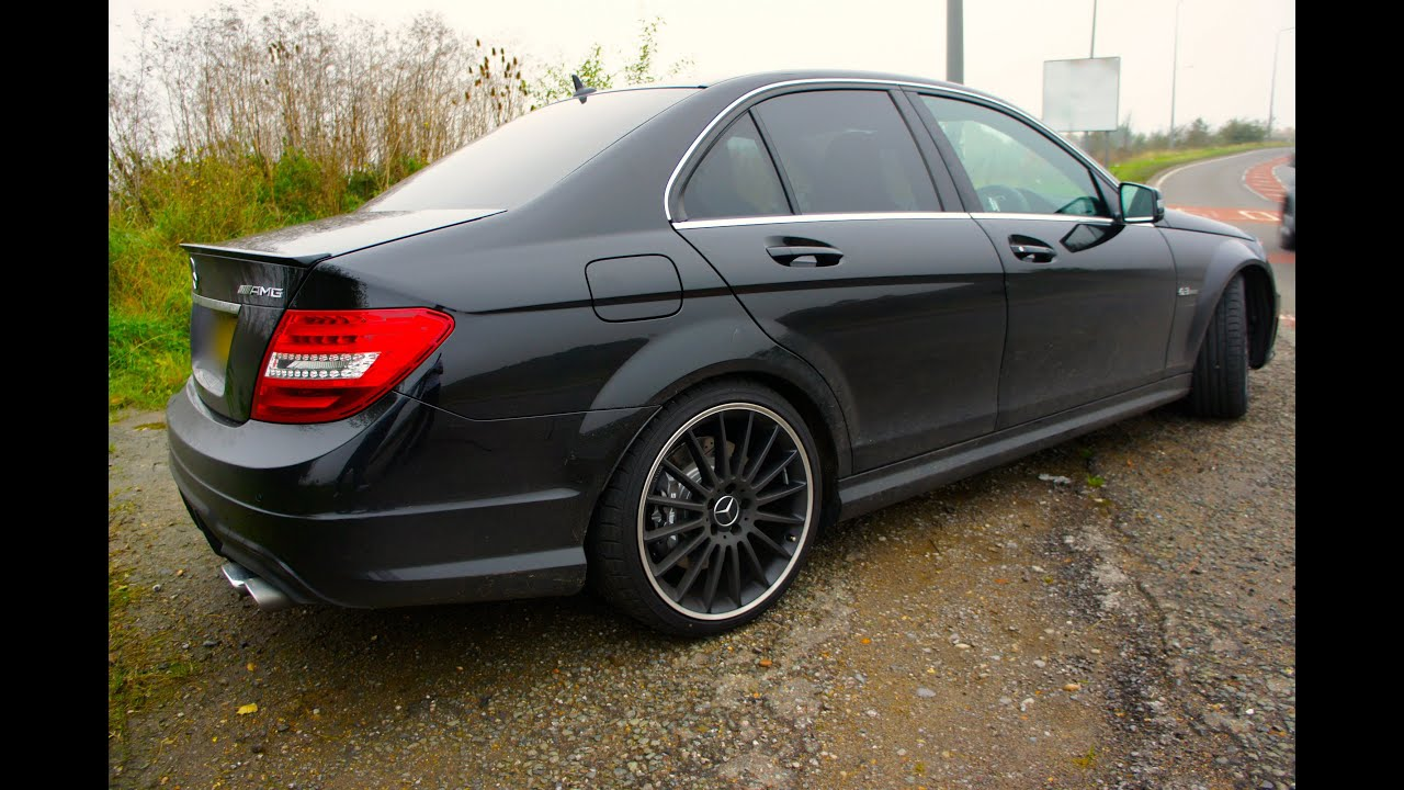 2012 Mercedes C63 AMG Exhaust, Race Start and more ...