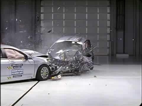 Iihs Crash Test Of Honda Accord Versus Fit