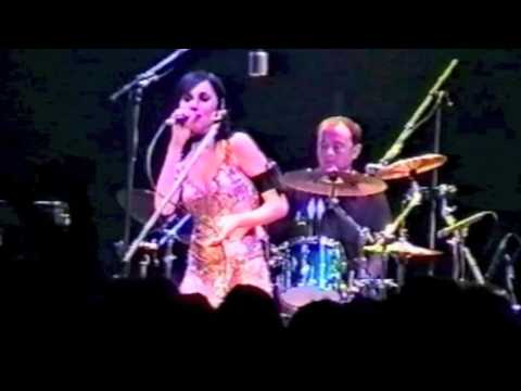 PJ Harvey - Live From London (Shepherd's Bush Empire, 2001) [Full Concert]