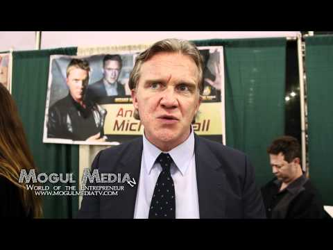 ANTHONY MICHAEL HALL INTERVIEW FROM WIZARD WORLD 2012