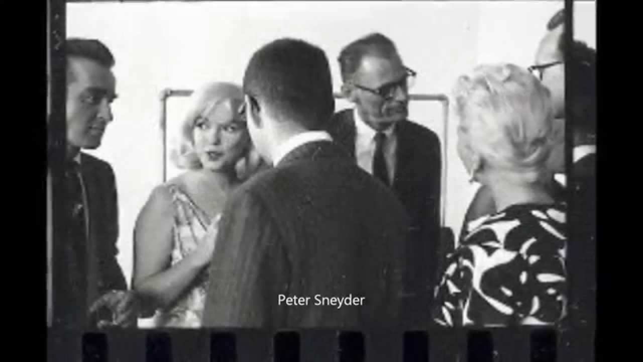 Marilyn Monroe & Montgomery Clift - The Unpublished Misfits Cocktail Party Photos 1960
