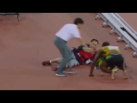 Оператор сбил Усейна Болта после финального забега на ЧМ