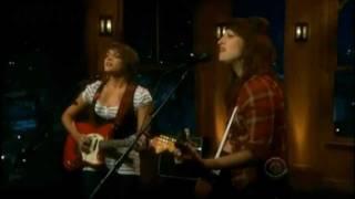 Bull Rider - Norah Jones & Sasha Dobson (live)