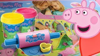 PEPPA PIG: Opening Peppa's Castle and Playing with Play-Doh (Toys Unboxing) thumbnail