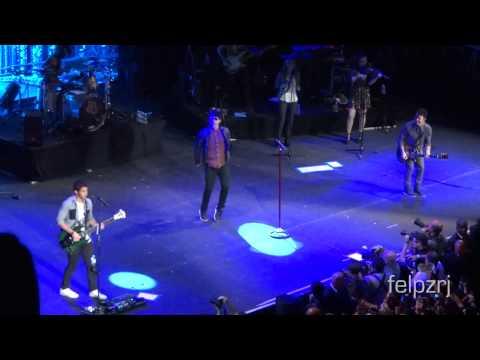 Jonas Brothers  Intro + Paranoid World Tour 2013 Rio de Janeiro 1080p HD