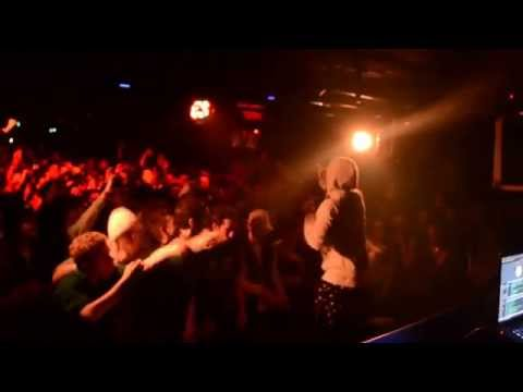 Rejjie Snow - Snow (My Rap Song)  Live in Paris (Social Club)
