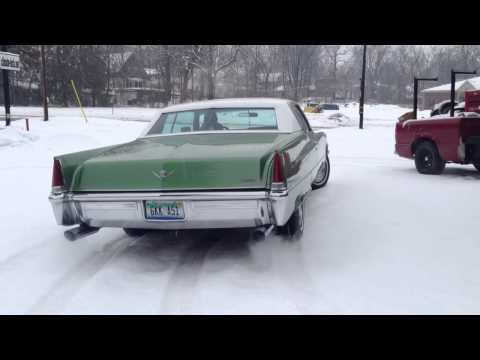 1969 Cadillac Coupe Deville dual exhaust sound 472ci