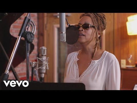 Cassandra Wilson - Don't Explain (Performance Video)