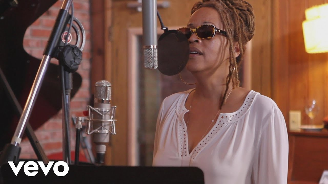 Cassandra Wilson | Don't Explain
