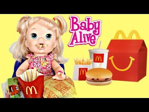 BABY ALIVE Snackin' Sara Eats Mcdonald's Drive Thru Happy Meal