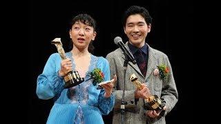 写真拡大 (全3枚) 女優、安藤サクラ(32)と俳優、柄本佑(32)夫妻...