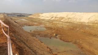 قناة السويس الجديدة : فيديو حصرى لقاع قناة الاتصال بالقطاع الجنوبي وأعمال الحفر