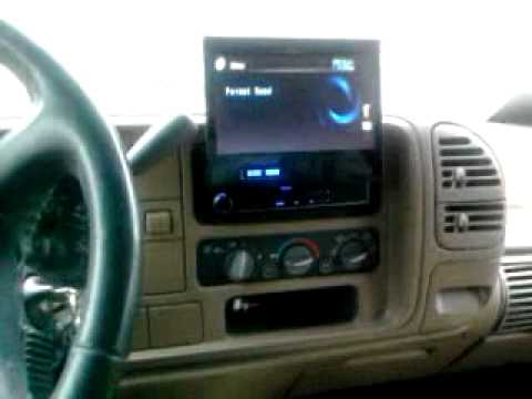 95 Chevy 2 10 Quot Kicker Comps Pioneer Flip Up Screen Youtube