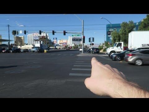 Walking By Bad Neighborhood Behind MGM Hotel On Koval Lane (Las Vegas Vlog)