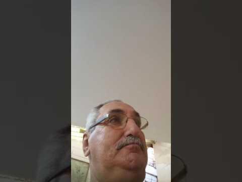 Telefonu ilk kez goren adam kendi kendini videoya almış haberi yok