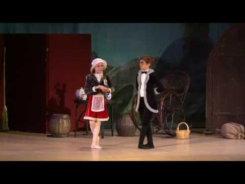 """Детский балет """"Дюймовочка"""". Танец Мыши и Крота"""