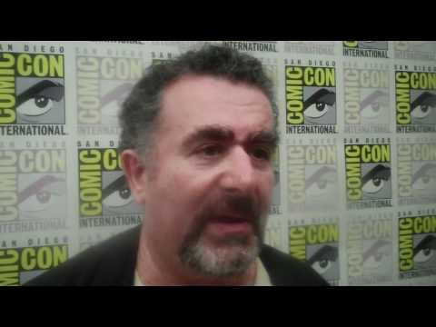 Warehouse 13 - Season 3 Comic-Con Exclusive: Saul Rubinek