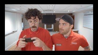 Épisode 4 - Le Gros Bouton Rouge - La Série Addison