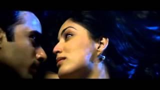 All Kissing Scenes | Sanam Re | 2016