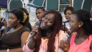 "Overflow Inc sings ""dreaming of a City"" (Sweet symphony)"