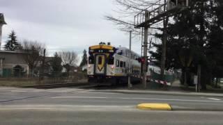 Video West Coast Express In Pitt Meadows. download MP3, 3GP, MP4, WEBM, AVI, FLV Desember 2017