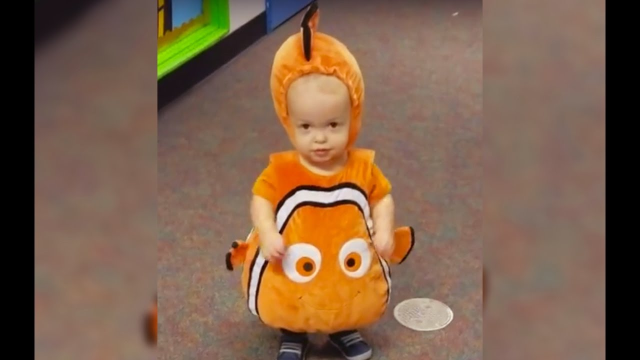 Adorable Baby Dressed As Clown Fish Youtube