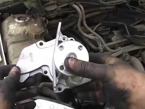 Замена помпы Форд Фокус 2 своими руками