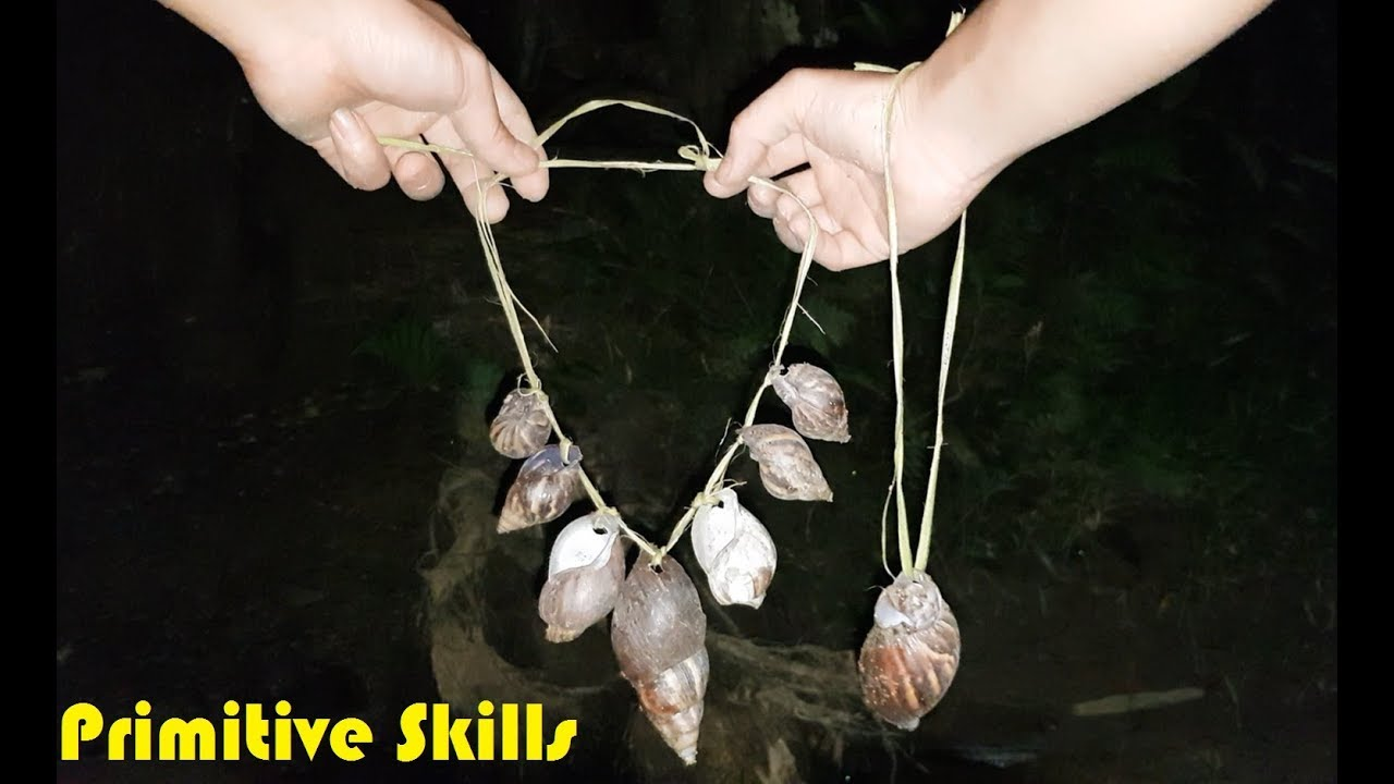 Primitive Skills: Make Primitive Jewelry From The Snails-Shell (Primitibe-Technology)