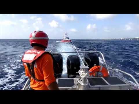 En 2 acciones distintas, SEMAR rescató a 15 personas en BCS y Quintana Roo