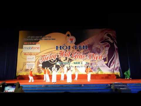 Trường THPT Phan Ngọc Hiển tham gia Hội thi tiếng hát giáo viên 2016
