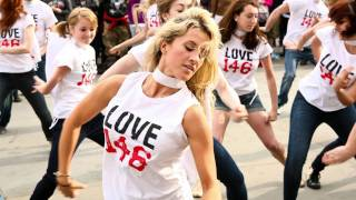 Official LOVE146 Flash Mob - Can you see me?