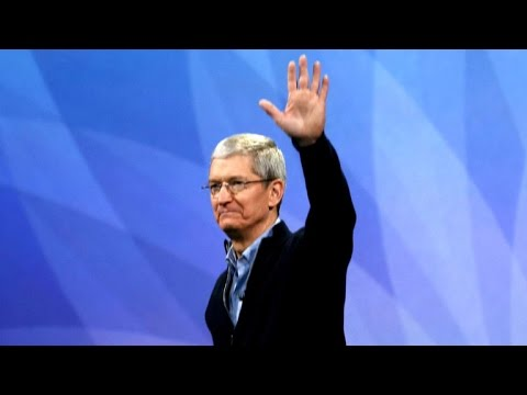 A Second-By-Second Breakdown Of Tim Cook Realising Donald Trump Called Him ...